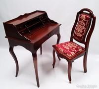 Barokk íróasztal székkel