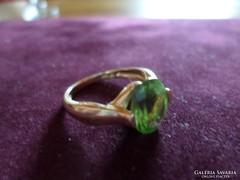Peridot drágaköves arany gyűrű