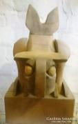 Baglyot ábrázoló faszobor