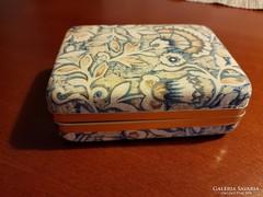 Ékszertartó dobozka
