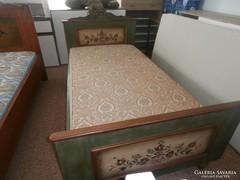 Egy személyes  népi ihletésű MESE ágy