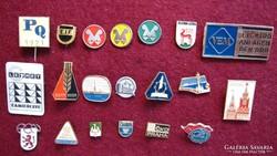 20 db régi jelvény, kitűző, 60-as, 70-es évek