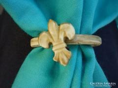 Cserkésznyakkendő gyűrű