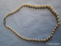 Gyönyörű antik gyöngy antik kapoccsal,nagyon elegáns,20-30 é