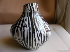 Iparművész jelzett kerámia váza