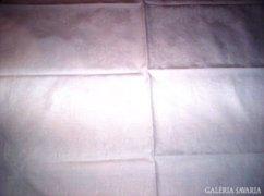 80 x 75 cm fehér damaszt zsúrabrosz