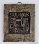 0M544 Régi ezüstözött réz falidísz 1970 Szolnok