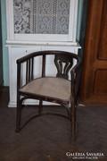 Szecesziós karfás szék