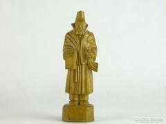 0L572 Régi fafaragás szobor 23 cm