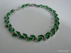 925 ezüst karkötő, fénylő , búzaszem alakú zöld cirkoniák l