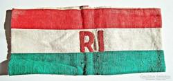 Nemzeti színű RI. karszalag, hímzett