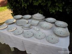 Zsolnay porcelán régi virágos étkészlet alig használt!
