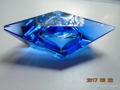 Muranói Flavio Poli háromszögletes-fazettált hamutartó
