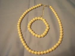 Selyemfényű gyöngy nyaklánc ,karkötő