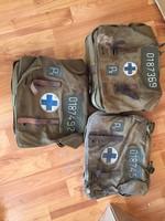 3 darab régi háborús sorszámozott elsősegély táska  orvosi katonai (egyben)