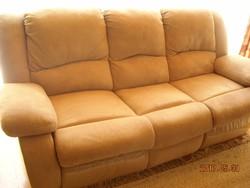 3 személyes kanapé és fotel