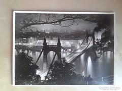 Budapest nevezetességeit bemutató fotók az 1930-as évekből