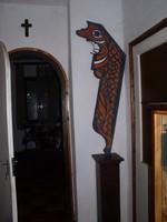 Totemoszlop, különleges formájú modern festmény Lehoczky Józseftől 140 x 60 cm