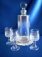 Retro pálinkás, likőrös készlet üveg 3 pohárral + 2 pohár ajándék