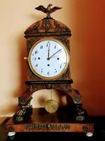 Gyűjteményből empír kandalló órák eladók