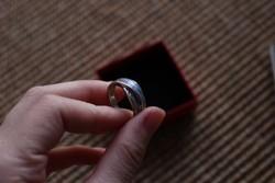 Ezüst gyűrű tűzopállal